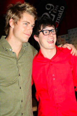 102.9 HOT TOMATO STAR PARTY  - LUKE MITCHELL & CHARLES COTTIERThe Gold Coast is well known for being party central in Australia, and last night it once again proved to be none other than just that!102.9 hosted their Hot Tomato Star Party at the Jupiters Hotel & Casino, with Channel 7 stars rocking up to get the party started!Check out these shots of your fave 'Home & Away' and 'Winners & Losers' stars posing for the cameras and dancing up a storm!Image Source: Channel 7