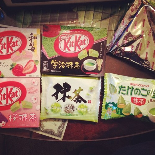 Yummy #japanese #snacks !!! :) #food #kitkat (Taken with Instagram)