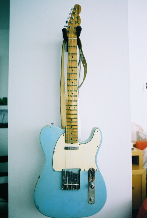 I'd play a blue guitar if this was it