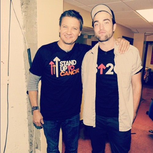 Rob and Jeremy Renner backstage x