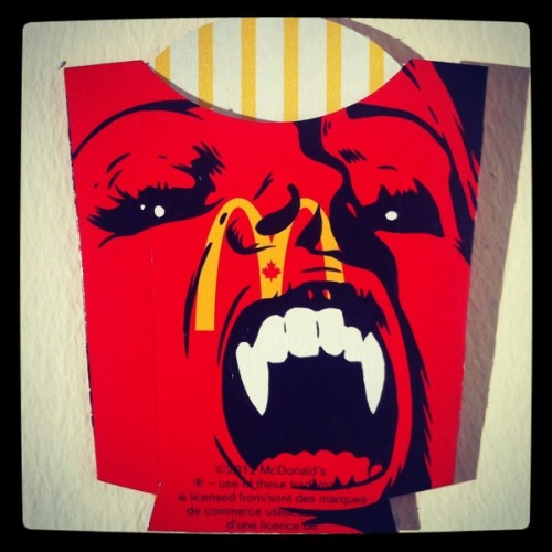 Designersgotoheaven.com - Packaging Paintings by Ben Frost.  Ps: I'm on vacation in Indonesia for 2 months so please excuse the lack of posts.
