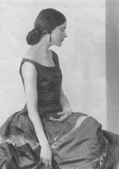 Harriet Cohen by Joan Craven, 1927-28