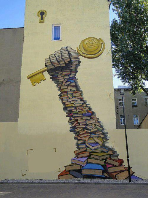 Another book in the wall… (Sul muro della biblioteca regionale di Gafsa in Tunisia)