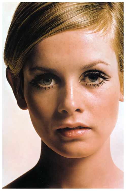 Twiggy by Melvin Sokolsky, 1967.