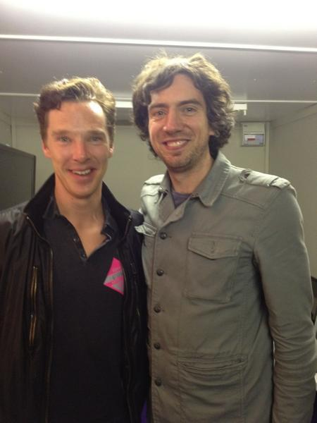 Great picture of Benedict Cumberbatch with Gary Lightbody, lead singer of Snow Patrol. (x)