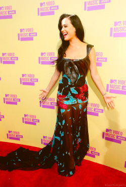 iheartkatyperry:     Katy at the 2012 MTV Video Music Awards - September 6th
