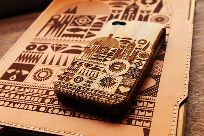 Beautiful iPhone and iPad laser engraved engraved bamboo and leather cases by Grove. http://www.fernandovt.com/Grove-iPhone-and-iPad-cases