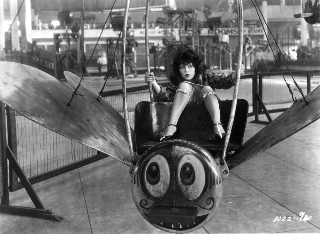 Clara Bow via retrogasm