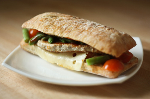 dietkiller:  Pork sandwich (by remizova)