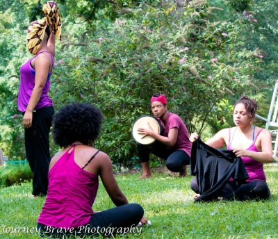 "coloredgirlshustle:              Body Ecology (BE) Performance Ensemble at the Alternate Roots Annual Meeting & Retreat performing an excerpt from ""Freebirth: RingShout for Reproductive Justice"" a ritual theater performance using movement/(choreo)poetry/song about our lives, love & labor. Like the BE Facebook page to hear about future performances and workshops. Journey Brave Photography"