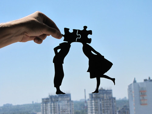 Handmade Papercuts by Dmytro and Iuliia Often taking hours and sometimes days to finish these papercuts are all created with a single piece of paper which has been meticulously cut and shaped to form these charming silhouettes. You can view all their work on the Etsy page linked below, as well as being able to purchase them.  Artists: | Etsy | Facebook | [via: ZillaMag]