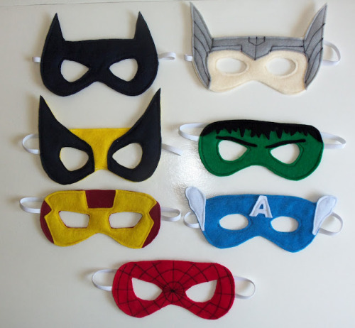 halloweencrafts:  DIY Halloween Superhero Masks with Templates Tutorial from Cutesy Crafts here. So easy, felt and elastic.  Batman Thor  Wolverine Hulk Ironman Captain America Spiderman  Rainbowsandunicornscrafts: from my new blog halloweencrafts
