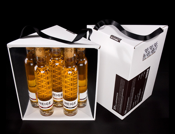 (via Neige Ice Ciders Gift Set on Packaging Design Served)