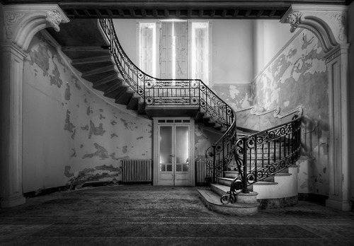 Staircase, Villa Margherita, Italy photo via silas