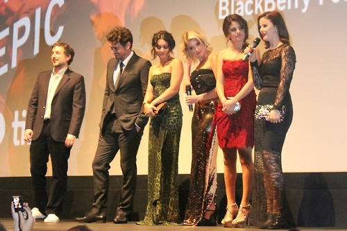 Here's a photo of Rachel Korine along side her co-stars before the presentation began.