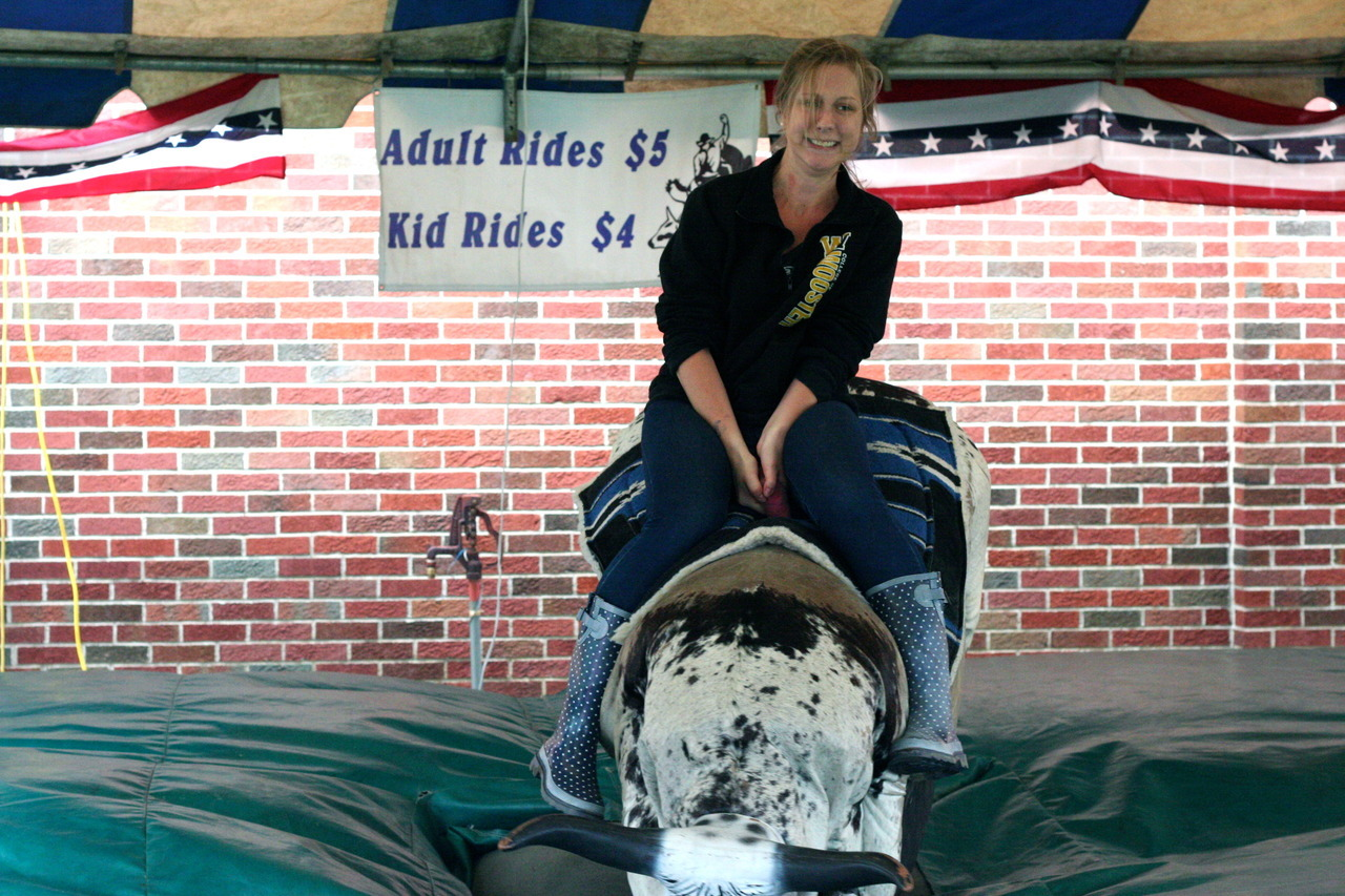 thebybee:  Wayne County Fair 2012. We rode the bull.