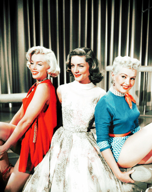 Marilyn Monroe,Lauren Bacall and Betty Grable in How to Marry a Millionaire (1953)