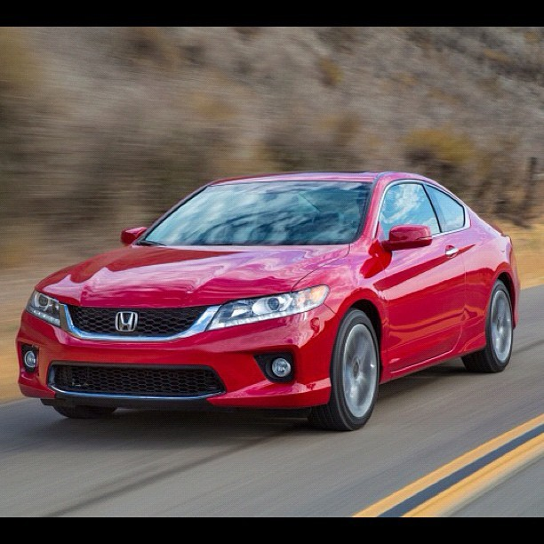 The Accord Coupe remains in the lineup for 2013 and looks as sharp as ever. #edmundsinc #honda #accord #coupe (Taken with Instagram)