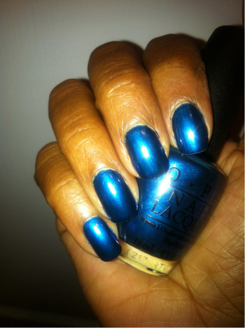 OPI Unfor-greta-bly Blue -German Collection Shade: Brilliant Shimmery Deep Sea Blue Top Coat: Seche