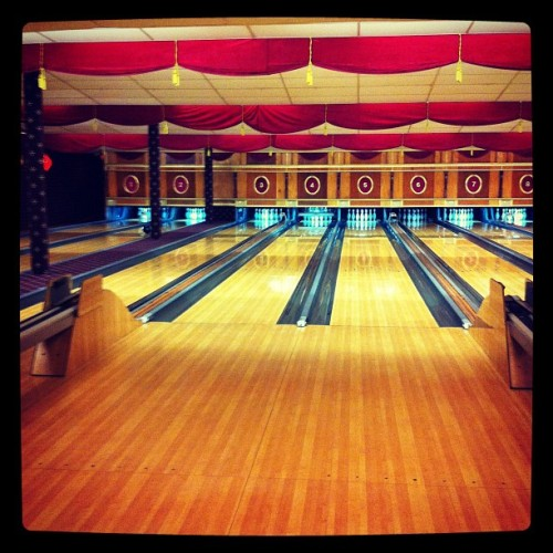 This is me right now #bowling #retro #jamesonhelps (Taken with Instagram)