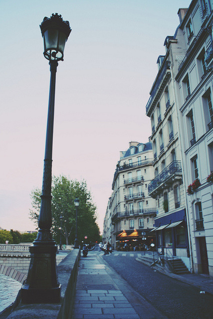 | ♕ |  Paris at dusk  | by © christine.m.kim