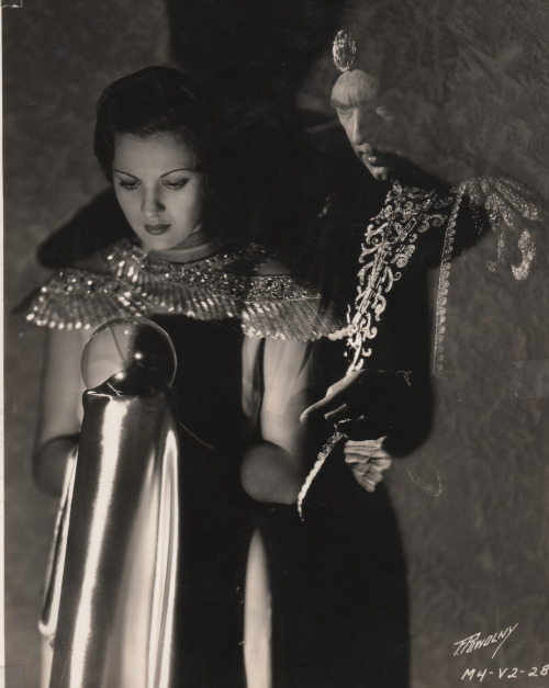 Bela Lugosi and Irene Ware in Chandu the Magician (1932).
