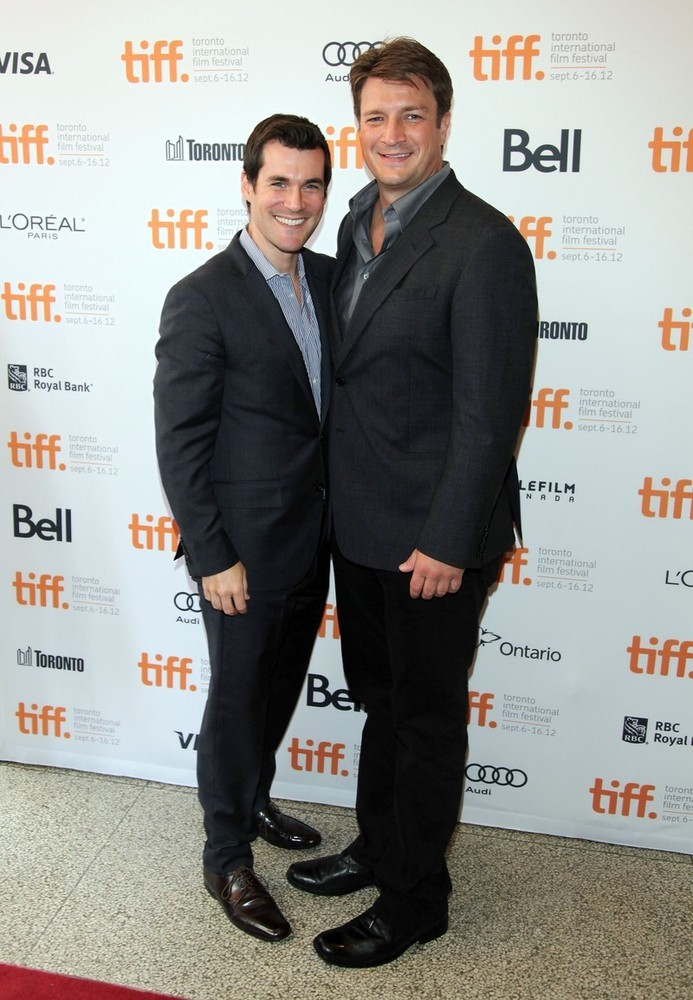 bohemea:  Sean Maher & Nathan Fillion at the premiere of Joss Whedon's Much Ado About Nothing at the TIFF, September 8th 2012 Joss'y goodness! Now do some space cowboy KISSSSINNNNG!  This is the start of a really good slash fanfic…