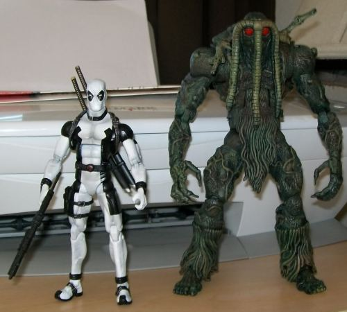 Marvel Legends Deadpool (X-Force) and Man-Thing Custom
