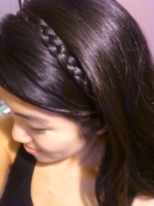 And the braid obsession continues… Easy braided headband!