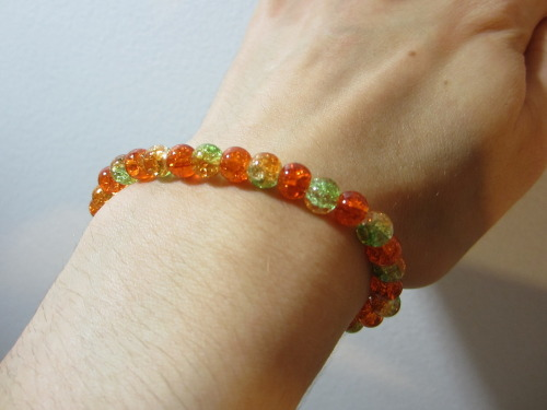 Click the photo to view this $6 bracelet on my Etsy page!