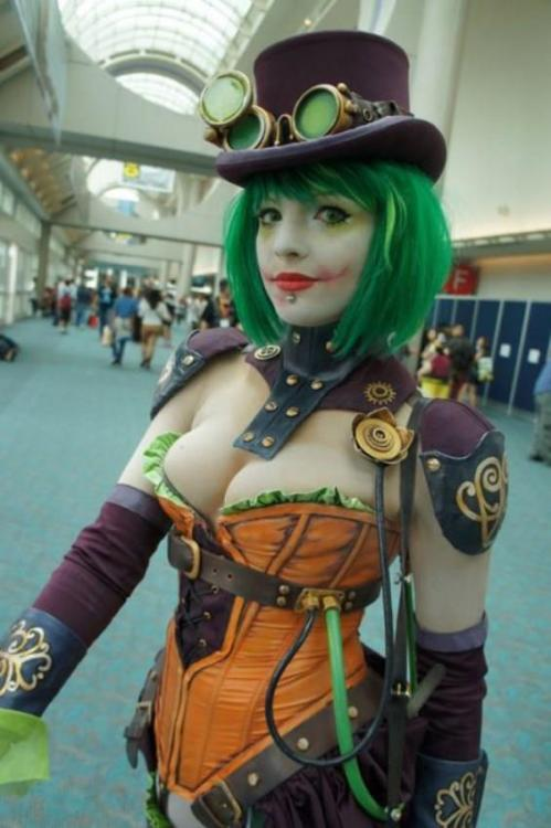 Steampunk Jokeress