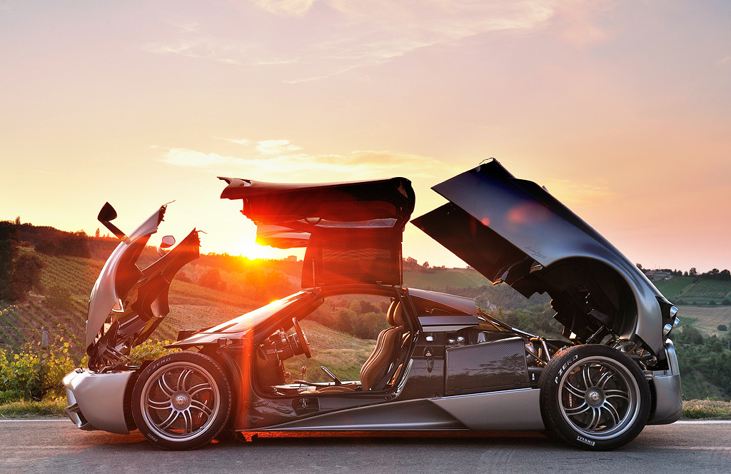 automotivated:  Pagani Huayra (by deanphoto.co.uk)