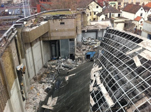 Bristol Evening Post print hall roof collapse
