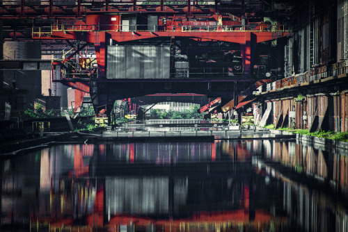Zollverein VI on Flickr.