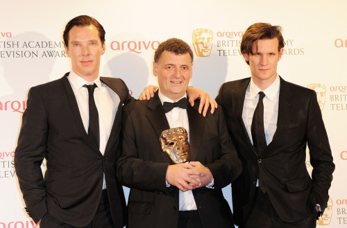 For those on Twitter, we are sad to report that Steven Moffat has left Twitter this morning. No reasons given at present. UPDATE: @SueVertue: For all asking @stevenmoffat is well and currently having a family lunch but he's got a huge amount on and twitter was proving a distraction.