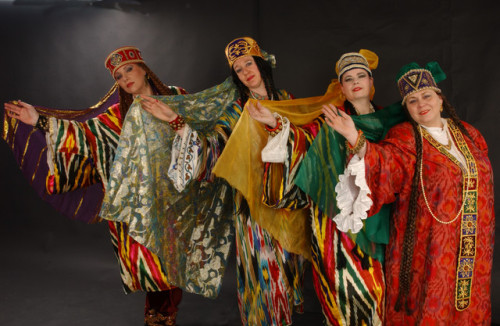 folkthings:  Folk costumes of Bukhara, Uzbekistan