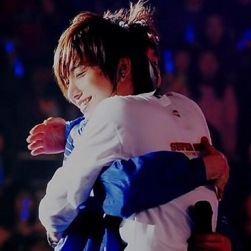 #eunhyuk #leeteuk #superjunior #hug #eunteuk  (Taken with Instagram)