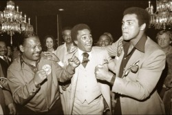 collective-history:  Sugar Ray Robinson, Sugar Ray Leonard and Muhammad Ali in Las Vegas, 1977