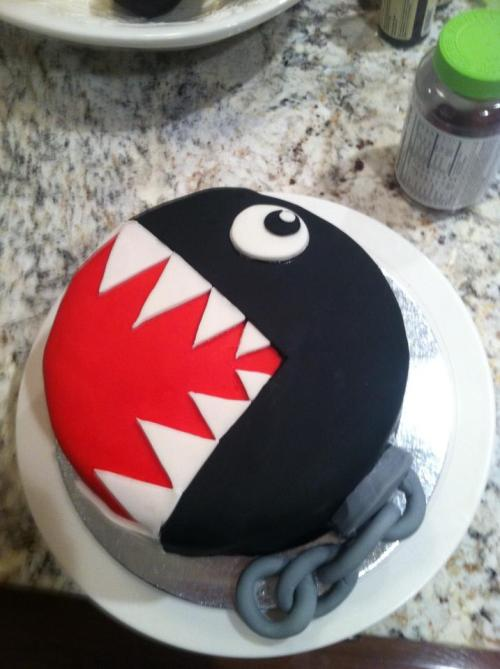 thenintendard:  bakewithavengeance submitted: Chain Chomp Cake!