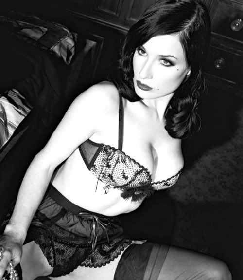 A photo of Dita I've never seen before…