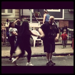 Do the Hustle! #nyhustle #brooklyn #blockparty #17thstreet #dance (Taken with Instagram)