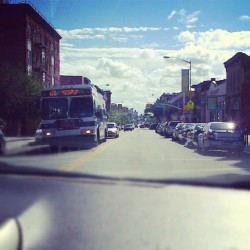 From the Passengers Perspective., w/ @ssmik #FultonStreet #ClintonHill #Brooklyn #Cars #B26 #SundayMornings #PassengersSide #Driving #OntheRoad  (Taken with Instagram at Clinton Hill, Brooklyn, NY)
