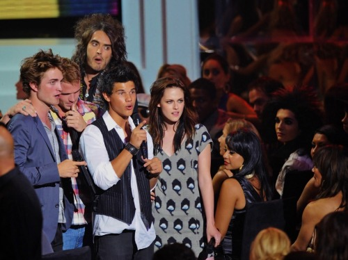 Cam Gigandet at the 2008 MTV Video Music Awards with the Twilight cast