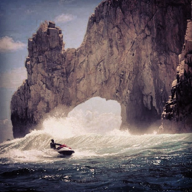 Jet skiing in Land's End Los Cabos