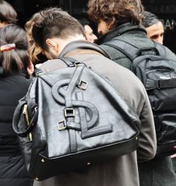 xpressionthrustyle:  tomboybklyn:  ysl bag  This bag is everything