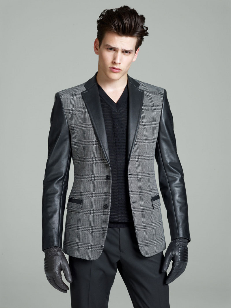 HOT jacket and gloves! Love the lapels mensfashionworld:  Ver­sace Collection Fall/Winter 2012 Lookbook