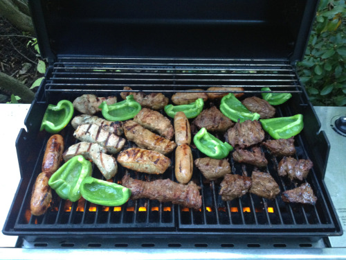 Mixed - and yummy - grill.