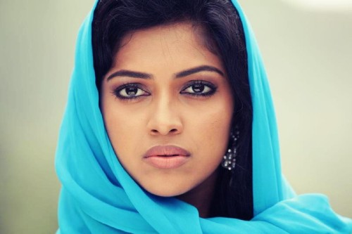 thechintamani:  Amala Paul