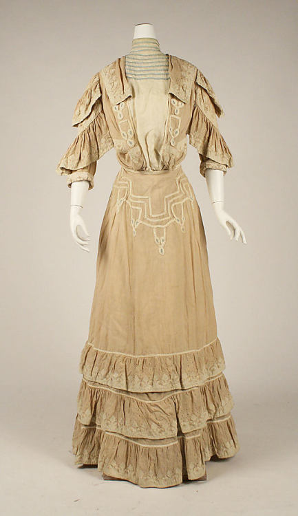 Walking Dress 1904-1905 The Metropolitan Museum of Art