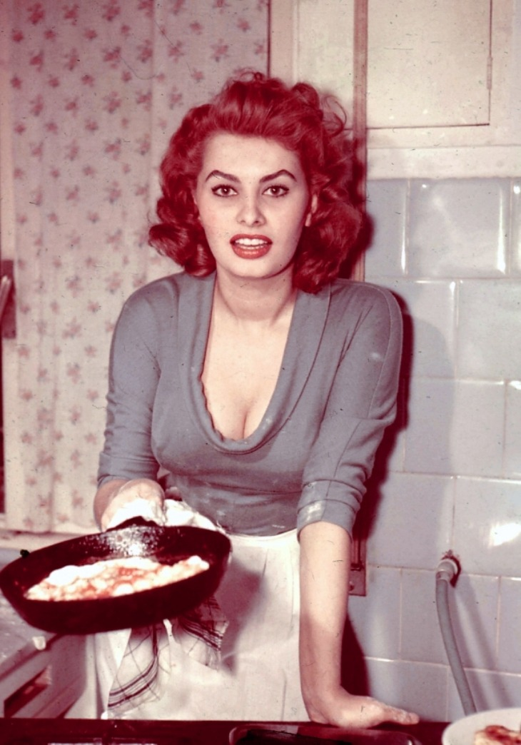 Do you want it, or not?!   jeanjeanie61:  Sophia Loren http://www.lorenarchives.com